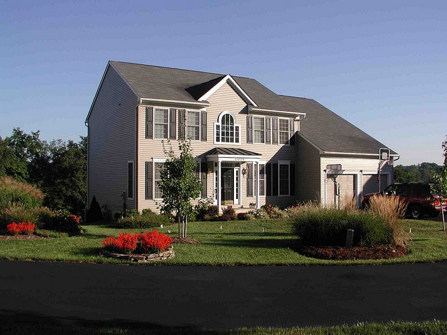 Professional Lawn Care and Landscape Maintenance in Potomac, Maryland