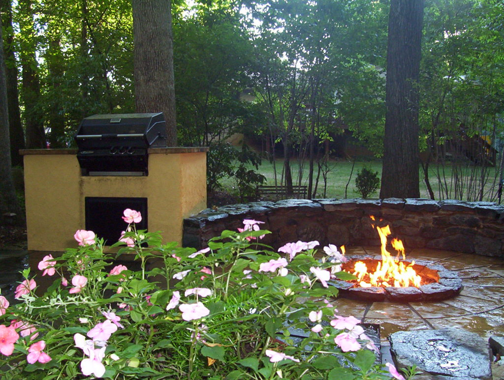 Outdoor Kitchen, Fire Pit & Patio in North Potomac, MD